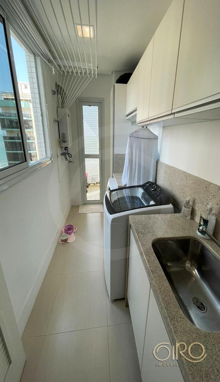 Apartamento Mobiliado no Vitrina di Rizzo na Quadra Mar de Balneário Camboriú