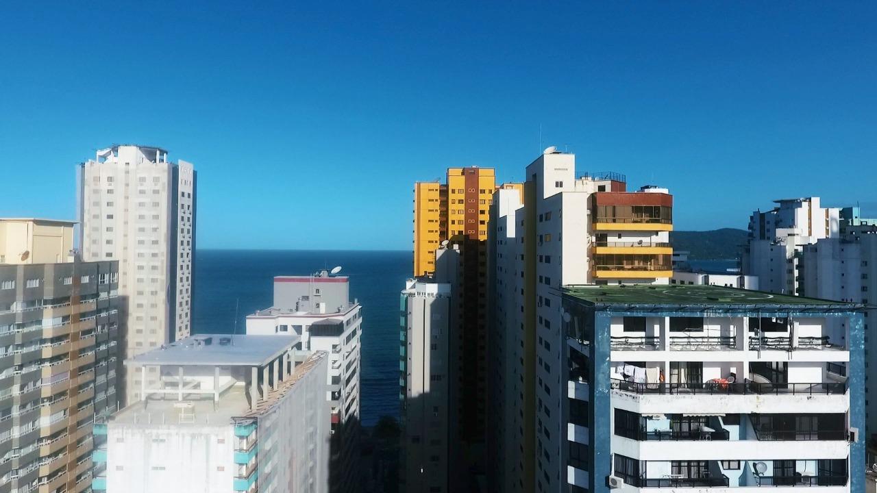 Apartamento No Olimpia Tower na Quadra Mar de Balneário Camboriú