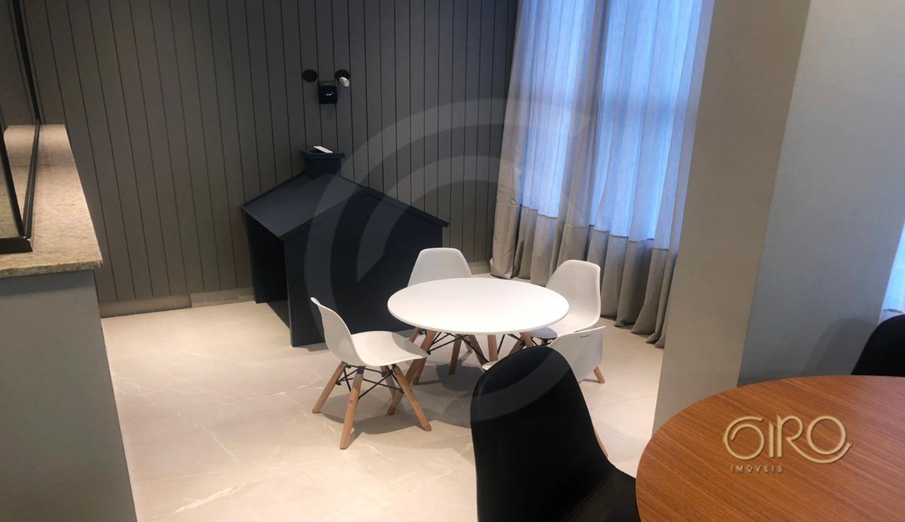 Apartamento Semi Mobiliado no Bairro das Nações em Balneário Camboriú