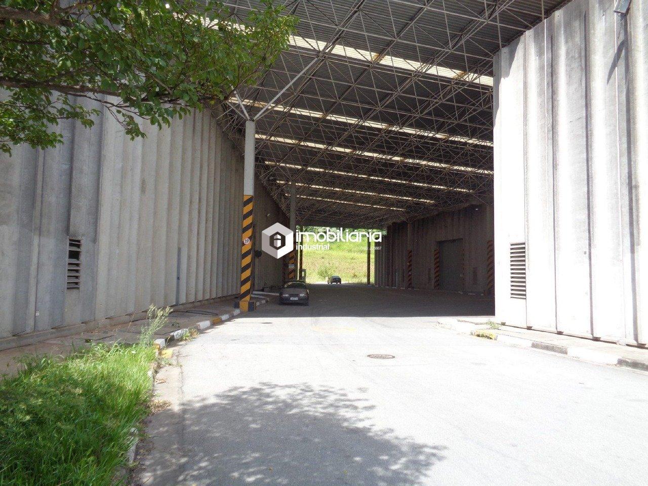 Pavilhão/galpão/depósito para alugar, 28.621 m² por R$ 200.000,00