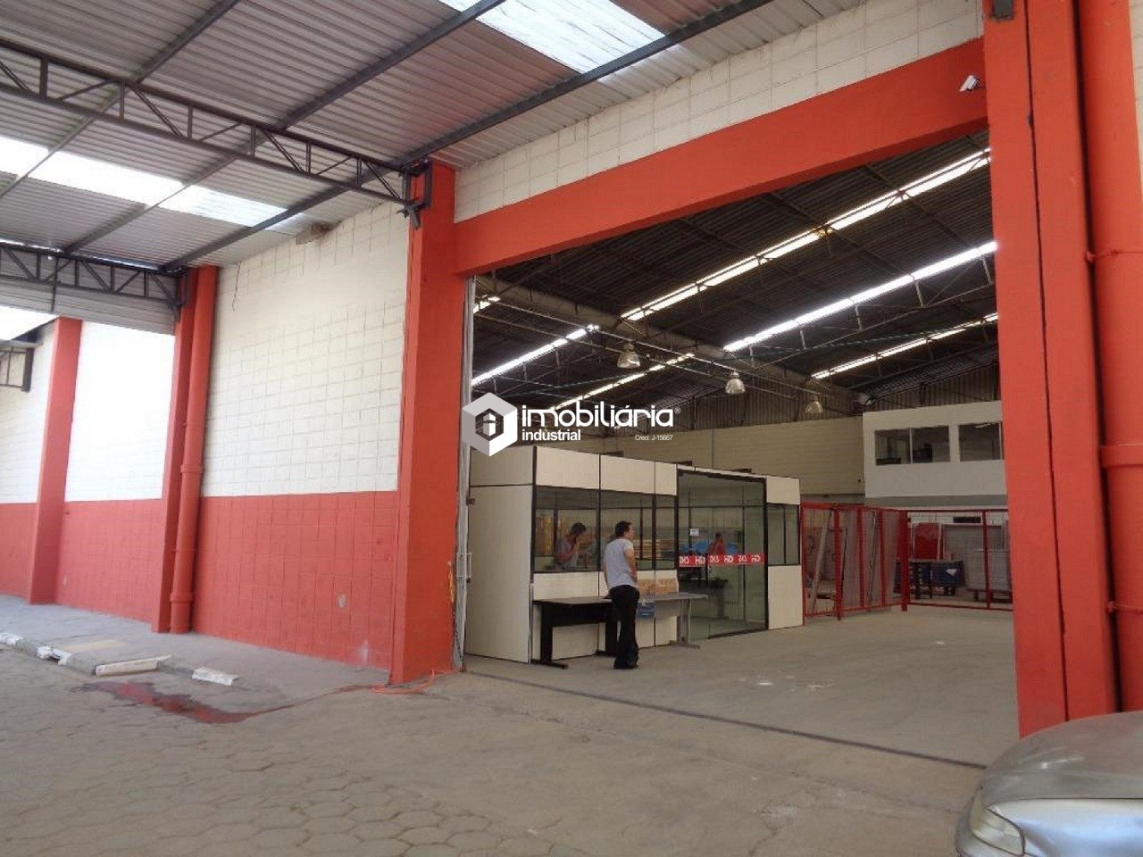 Pavilhão/galpão/depósito à venda, 5.850 m² por R$ 9.500.000,00