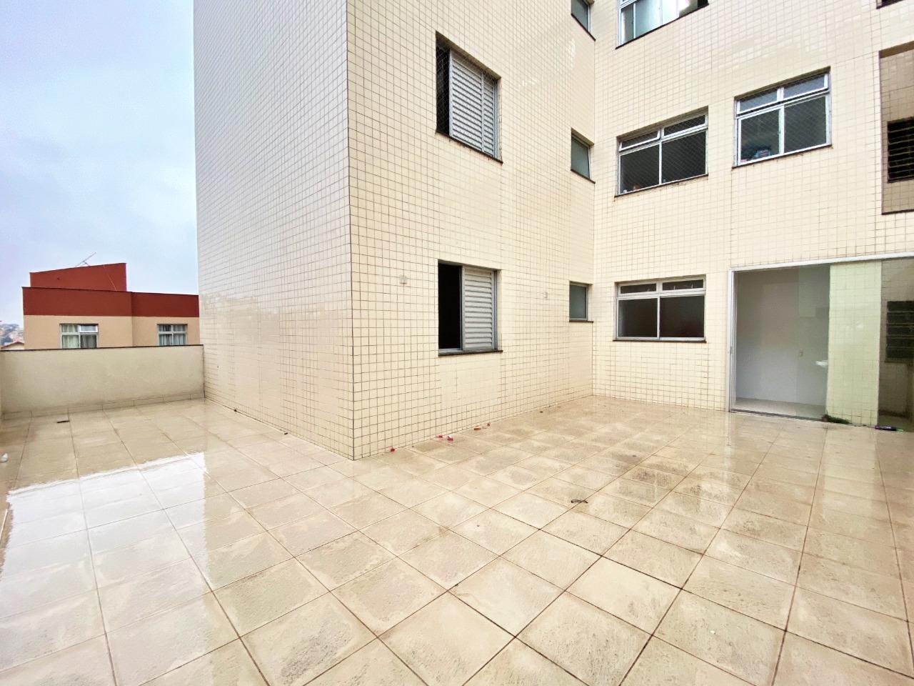 Área privativa de 135,00m²,  à venda