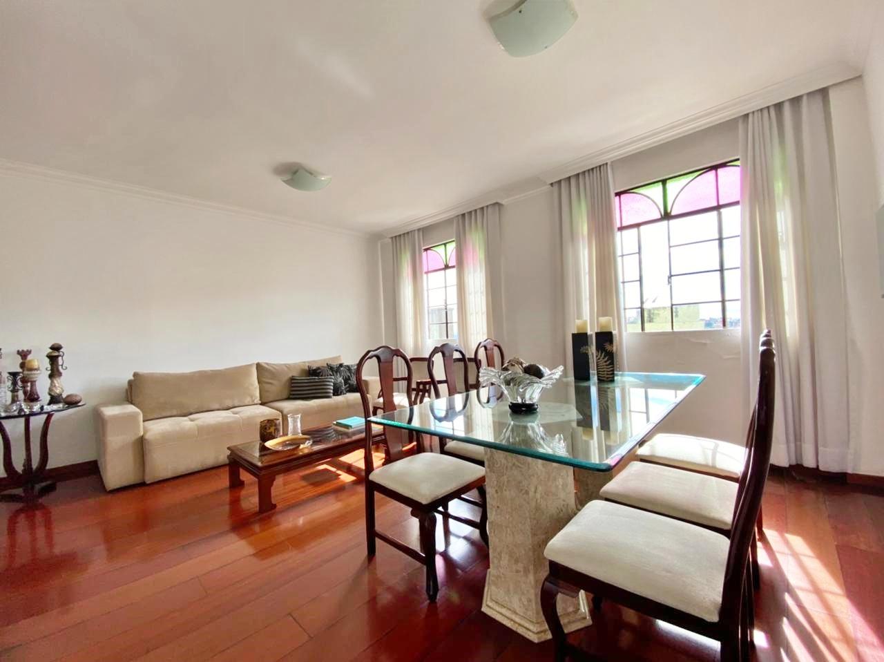 Apartamento de 93,60m²,  à venda