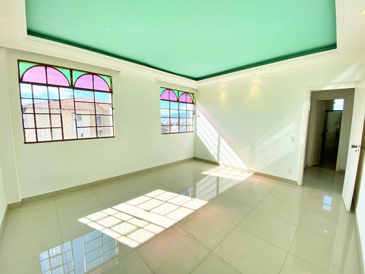 Apartamento de 93,60m²,  para alugar
