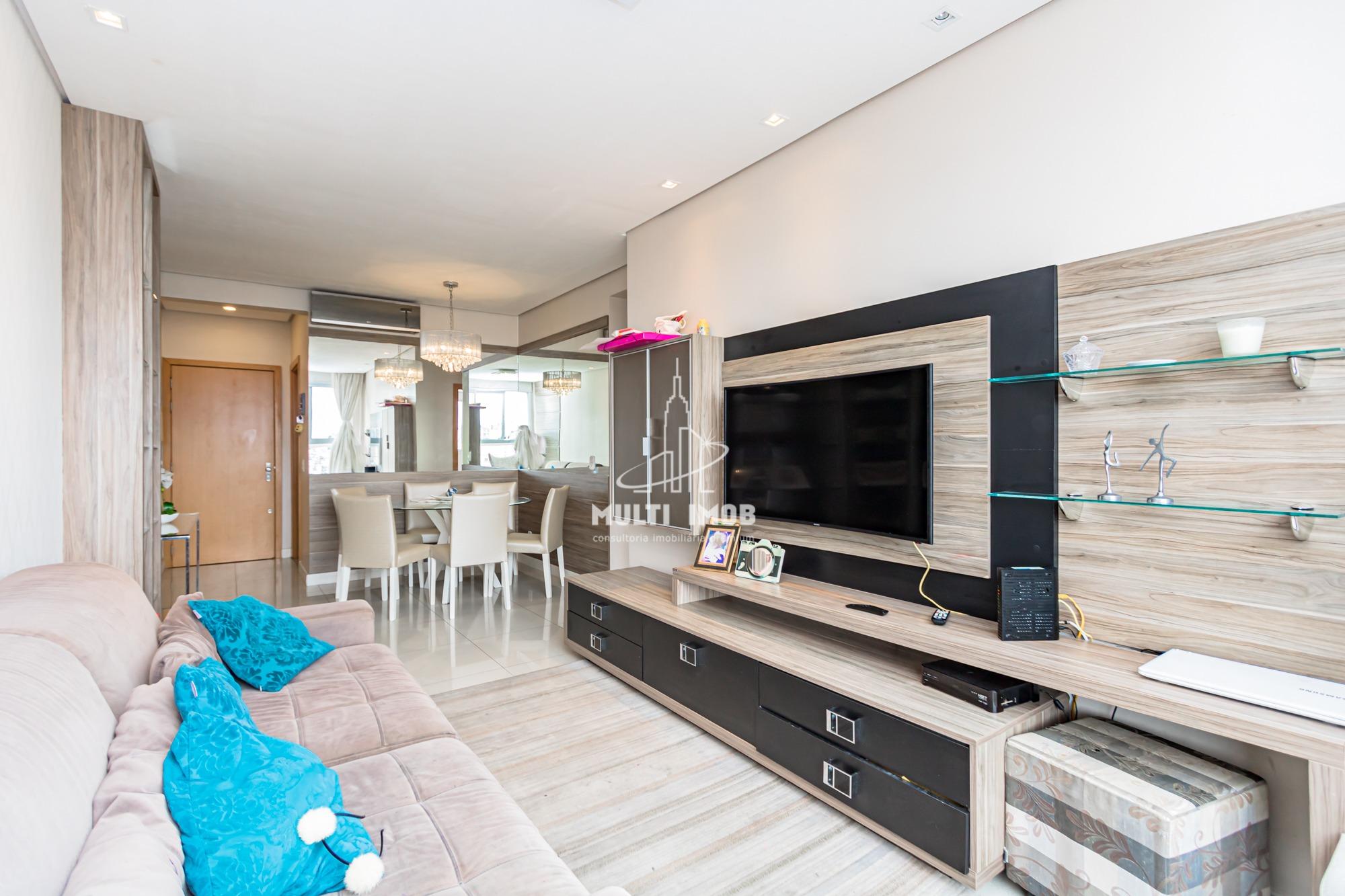Apartamento  2 Dormitórios  1 Suíte  2 Vagas de Garagem Venda Bairro Santana em Porto Alegre RS