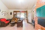 Casa  3 Dormitórios  1 Suíte  4 Vagas de Garagem Venda Bairro Santo Antônio em Porto Alegre RS
