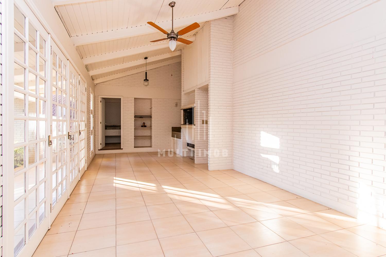 Casa com 495m² e 3 dormitórios no bairro Chácara das Pedras em Porto Alegre para Comprar ou Alugar