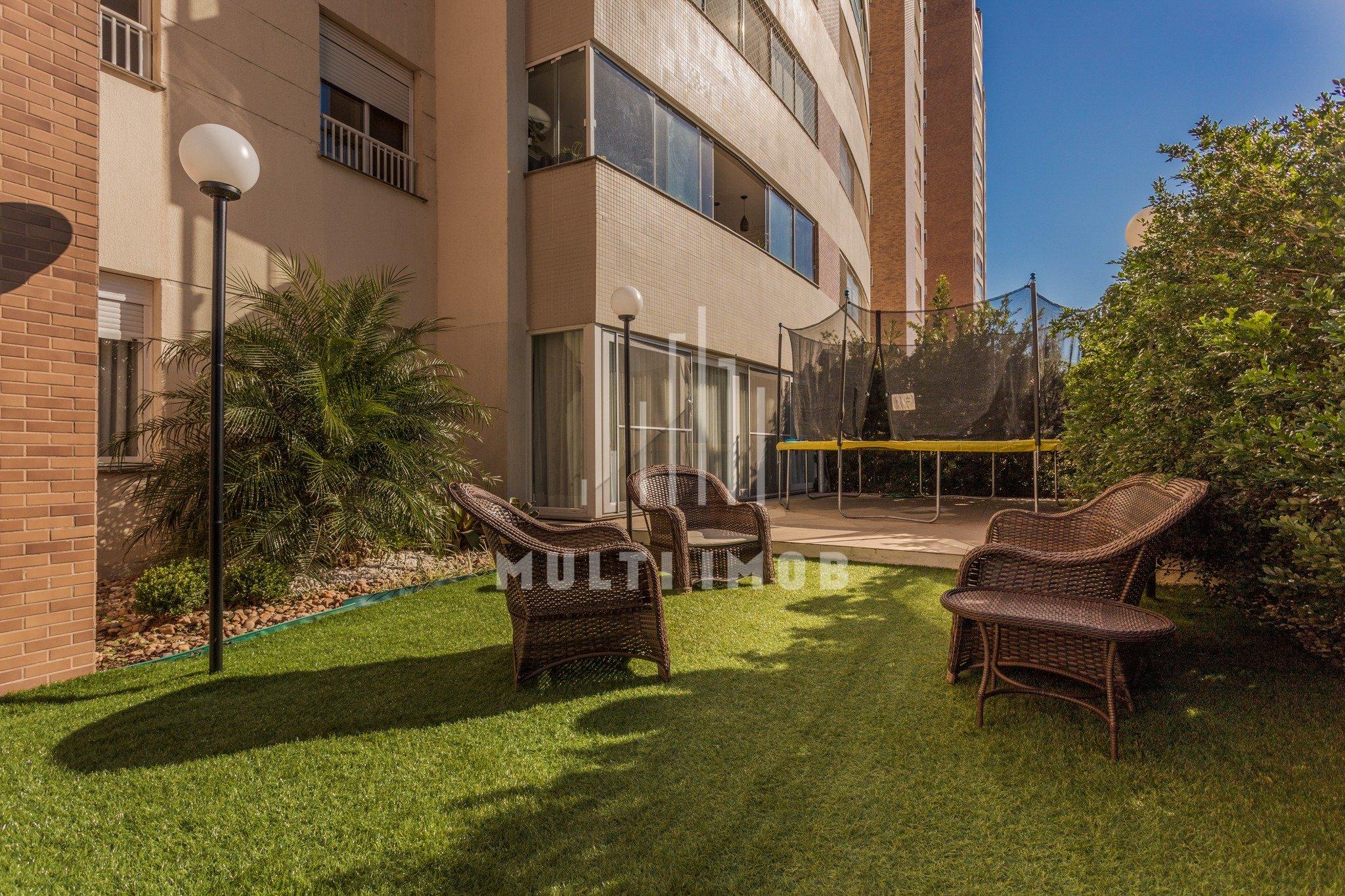Apartamento Garden com 336m² e 5 dormitórios no bairro Central Parque em Porto Alegre para Comprar