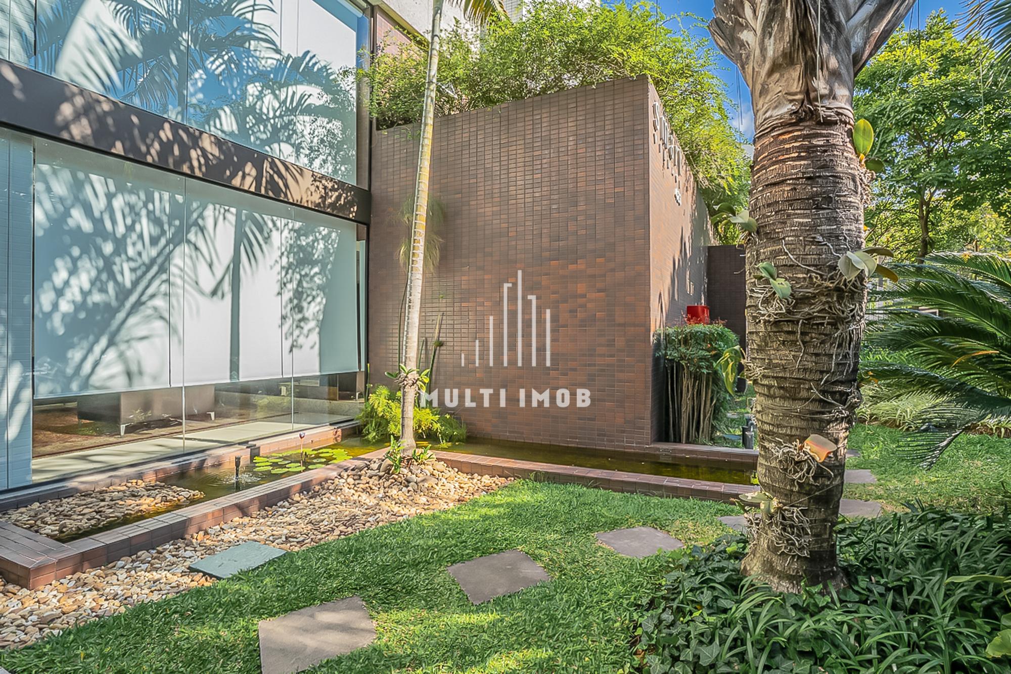 Apartamento com 105m² e 3 dormitórios no bairro Petrópolis em Porto Alegre para Comprar