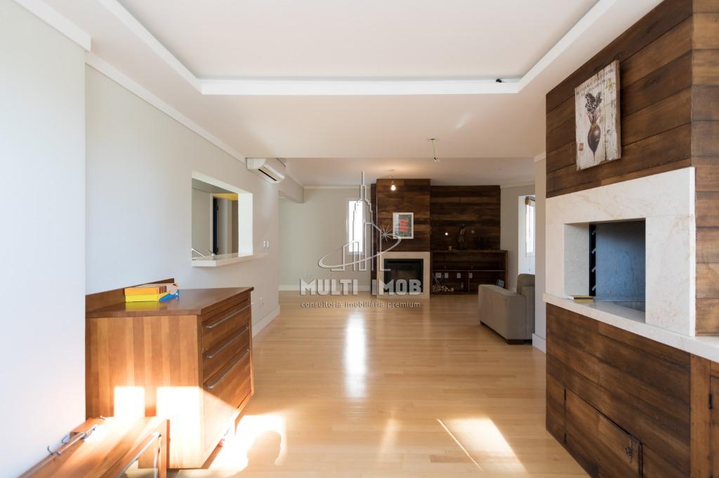 Apartamento  3 Dormitórios  1 Suíte  2 Vagas de Garagem Venda e Aluguel Bairro São João em Porto Alegre RS