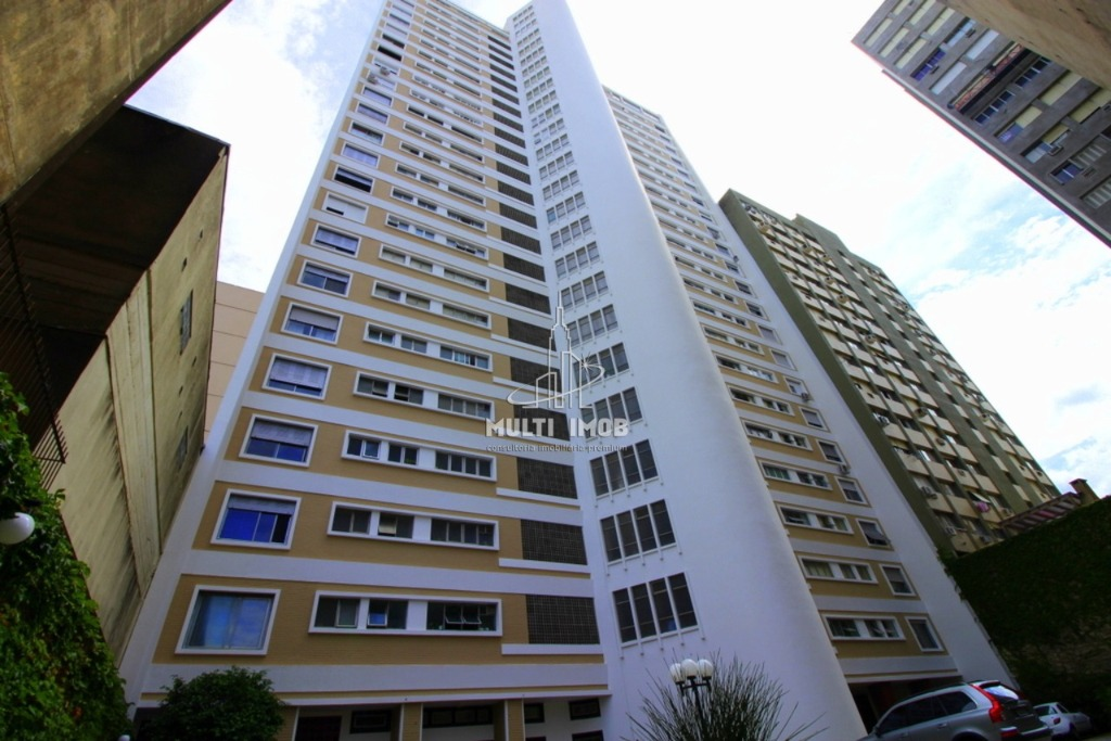 Apartamento  4 Dormitórios  1 Suíte  1 Vaga de Garagem Venda e Aluguel Bairro Centro Histórico em Porto Alegre RS