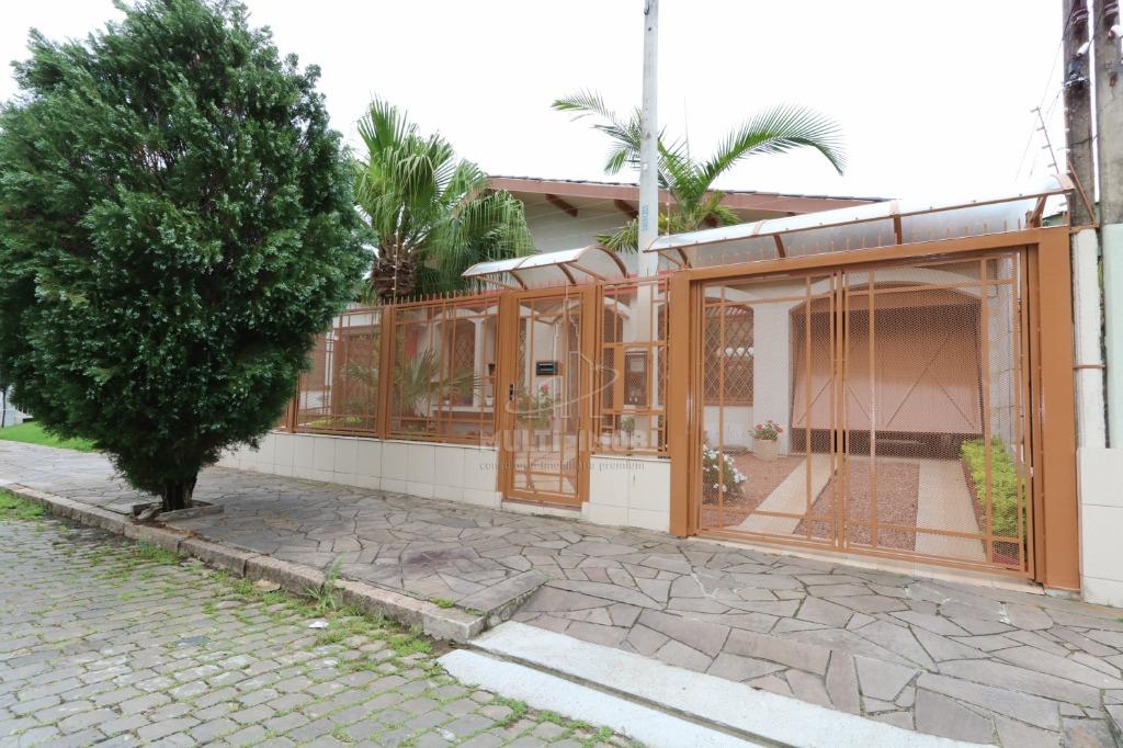 Casa  3 Dormitórios  1 Suíte  2 Vagas de Garagem Venda Bairro Jardim Planalto em Porto Alegre RS