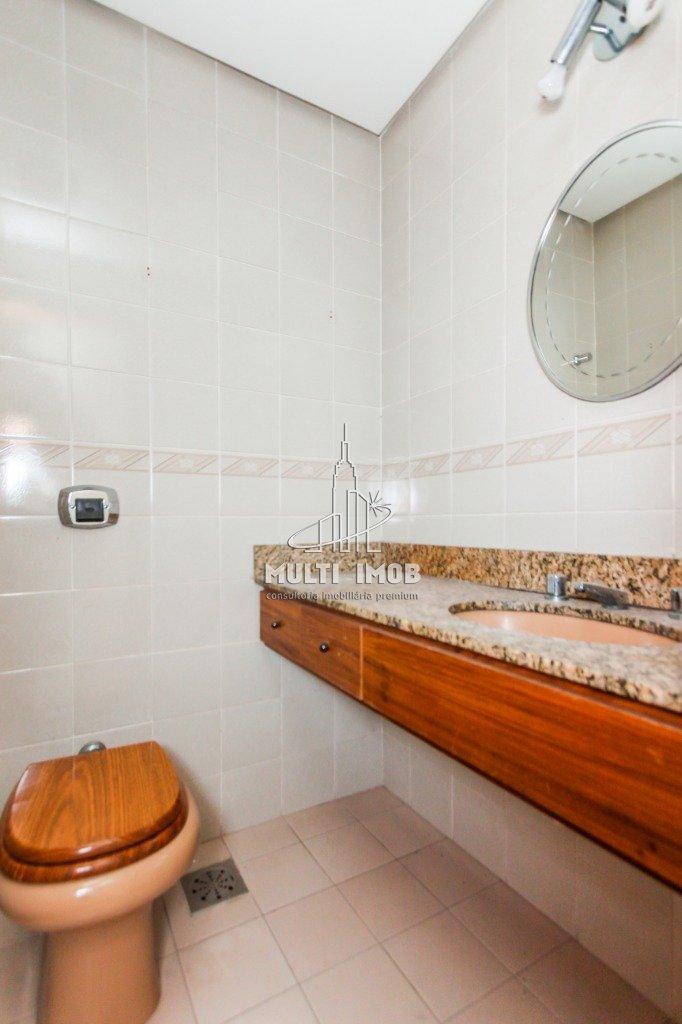 Cobertura  3 Dormitórios  1 Suíte  2 Vagas de Garagem Venda Bairro Chácara das Pedras em Porto Alegre RS