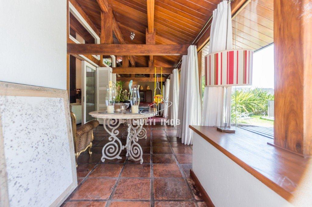 Casa  5 Dormitórios  2 Suítes  4 Vagas de Garagem Venda e Aluguel Bairro Cristal em Porto Alegre RS