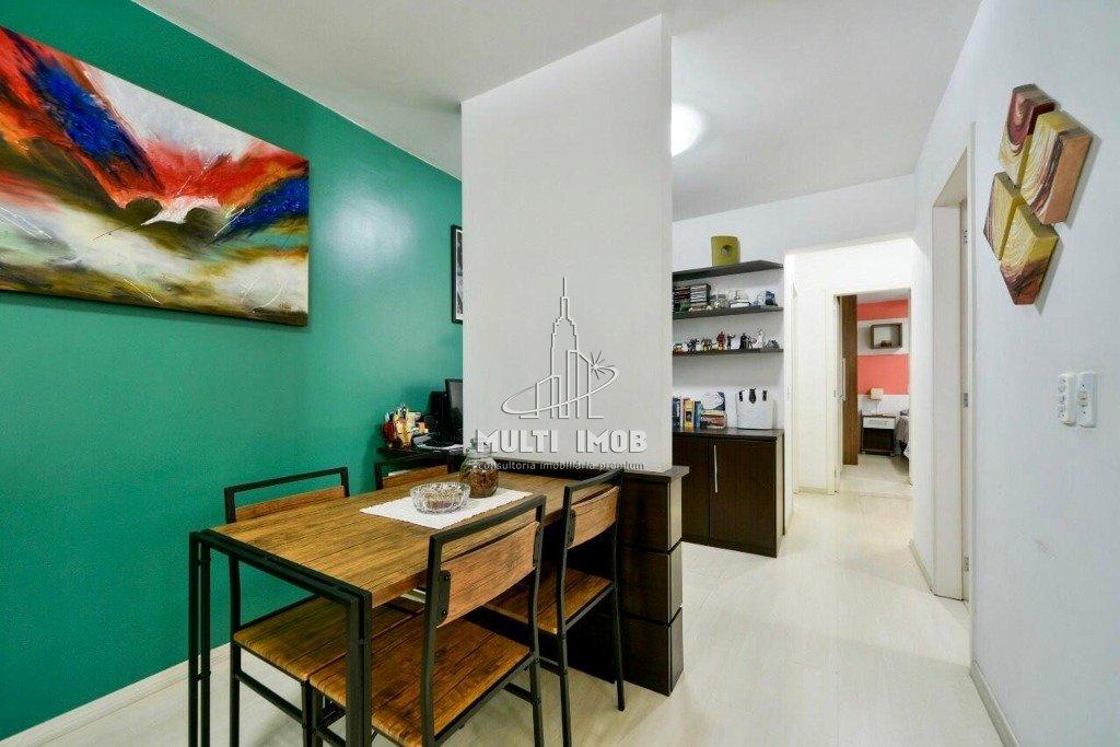 Apartamento  3 Dormitórios  1 Suíte  1 Vaga de Garagem Venda Bairro Santana em Porto Alegre RS