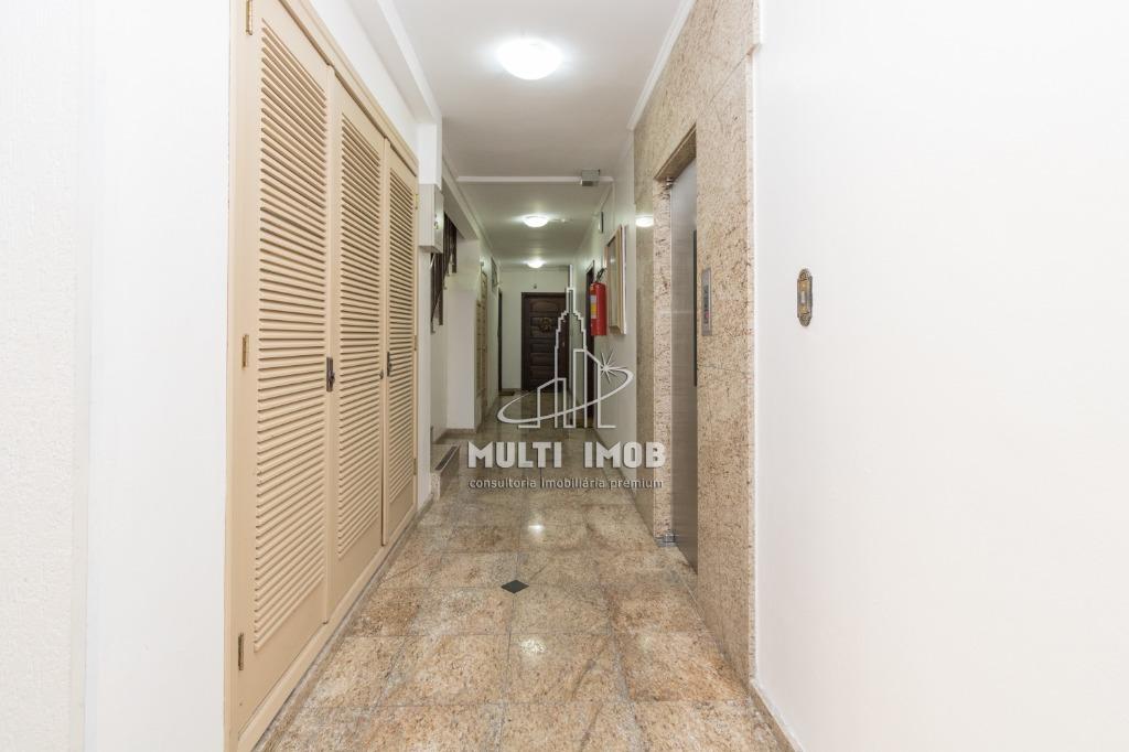 Apartamento  2 Dormitórios  2 Vagas de Garagem Venda Bairro Higienópolis em Porto Alegre RS