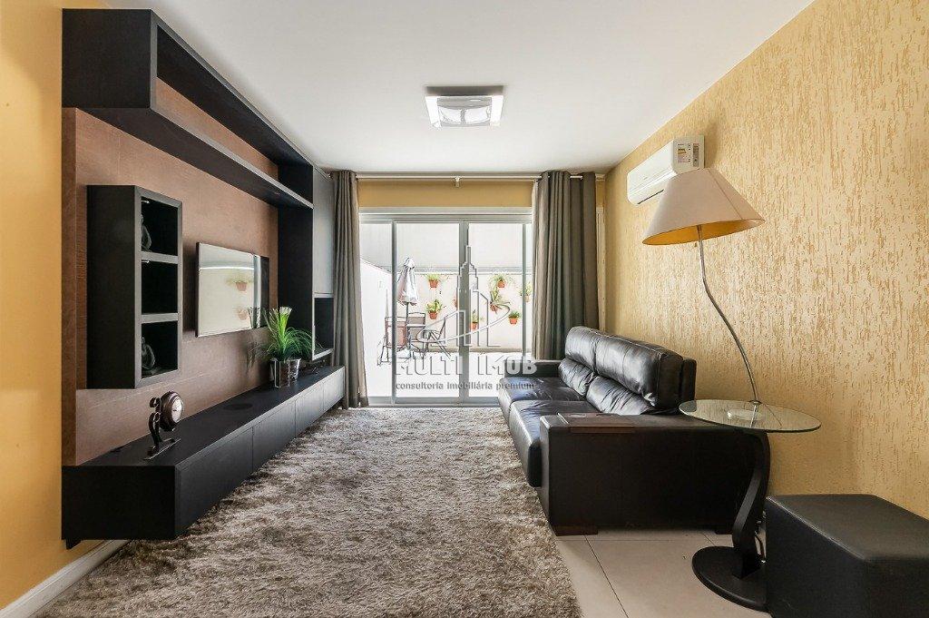 Apartamento Garden  2 Dormitórios  1 Suíte  2 Vagas de Garagem Venda Bairro Rio Branco em Porto Alegre RS