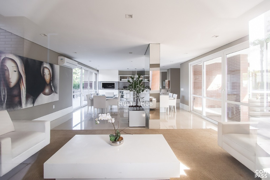 Apartamento  3 Dormitórios  3 Suítes  3 Vagas de Garagem Venda Bairro Moinhos de Vento em Porto Alegre RS