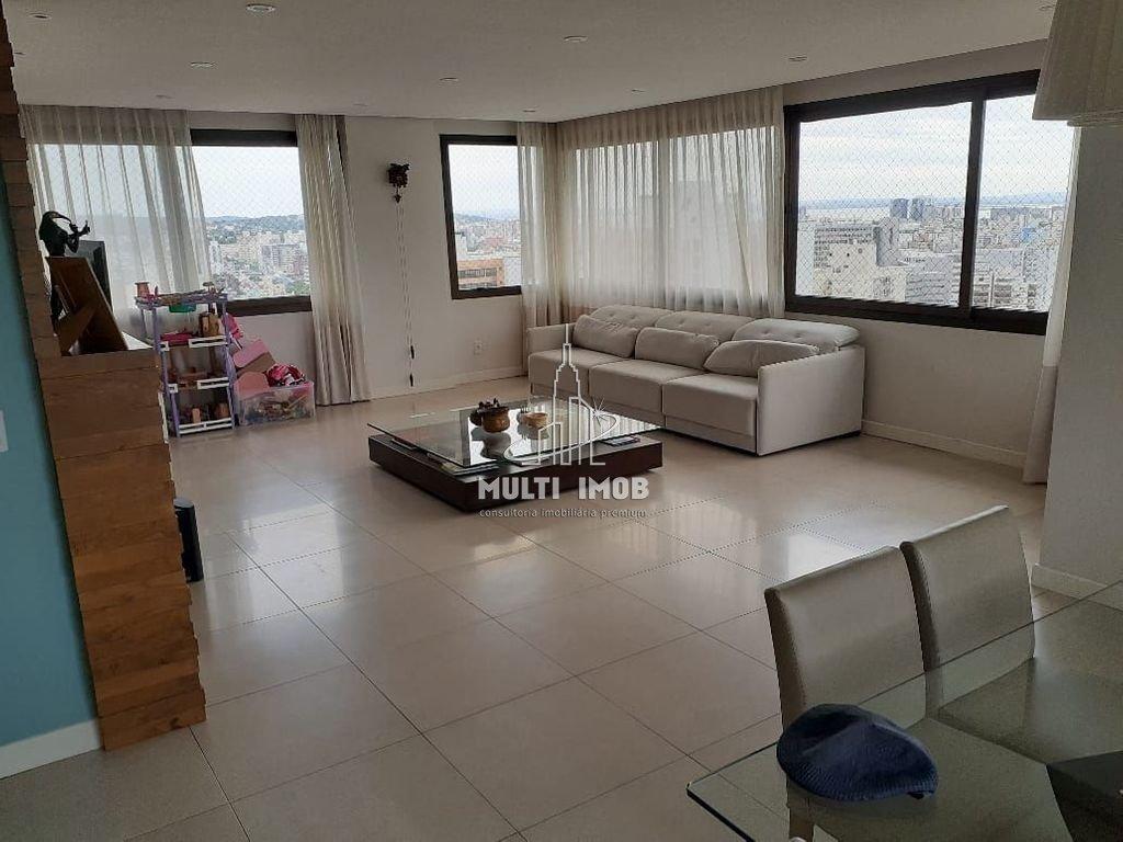 Apartamento  4 Dormitórios  2 Suítes  3 Vagas de Garagem Venda Bairro Rio Branco em Porto Alegre RS