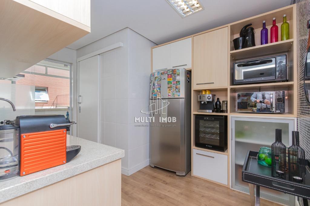 Apartamento  2 Dormitórios  1 Suíte  1 Vaga de Garagem Venda Bairro Mont Serrat em Porto Alegre RS
