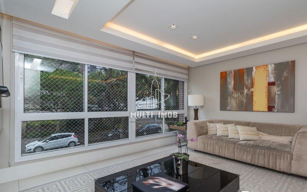 Apartamento  2 Dormitórios  1 Suíte  2 Vagas de Garagem Venda Bairro Auxiliadora em Porto Alegre RS