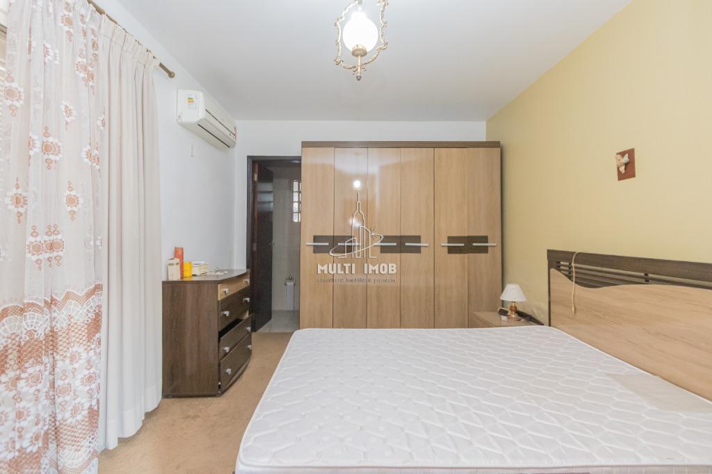 Casa  2 Dormitórios  1 Suíte  4 Vagas de Garagem Venda Bairro Higienópolis em Porto Alegre RS