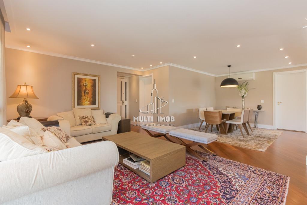 Apartamento  3 Dormitórios  1 Suíte  3 Vagas de Garagem Venda Bairro Petropolis em Porto Alegre RS