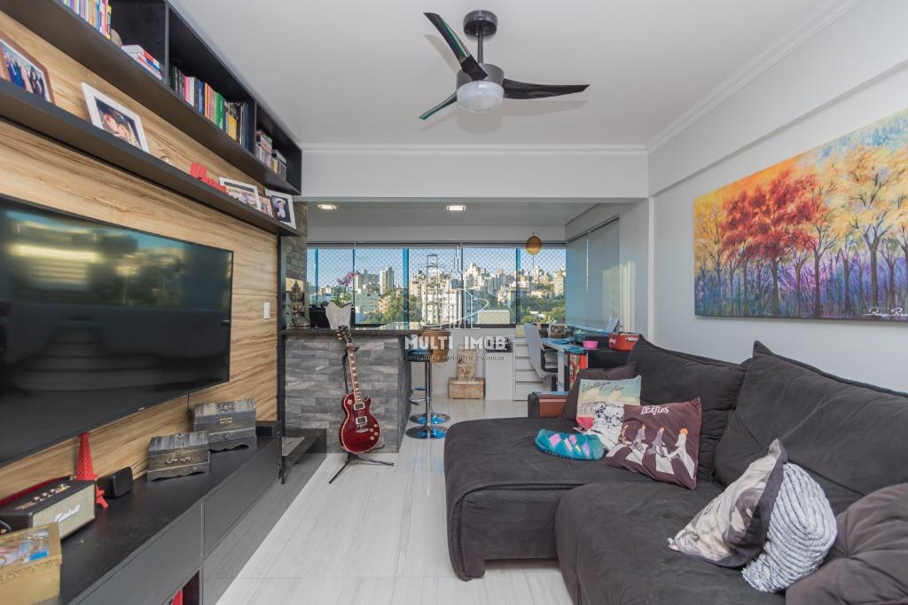 Apartamento  2 Dormitórios  1 Suíte  1 Vaga de Garagem Venda Bairro Santana em Porto Alegre RS