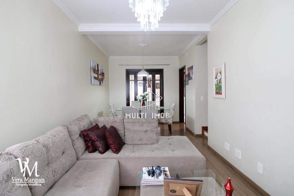 Casa  3 Dormitórios  1 Suíte  3 Vagas de Garagem Venda Bairro Jardim Itu em Porto Alegre RS