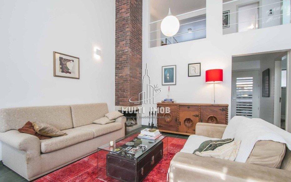 Casa em Condomínio  2 Dormitórios  1 Suíte  2 Vagas de Garagem Venda Bairro Sarandi em Porto Alegre RS