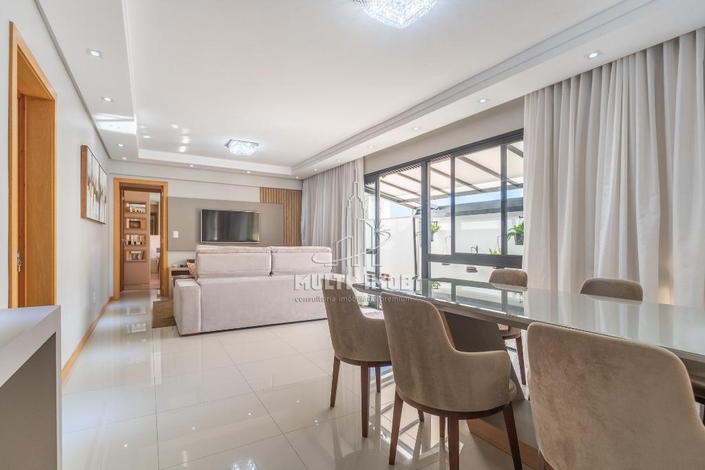 Apartamento Garden  3 Dormitórios  1 Suíte  2 Vagas de Garagem Venda Bairro Petrópolis em Porto Alegre RS