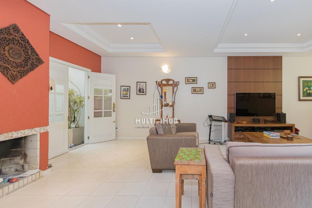 Casa  3 Dormitórios  1 Suíte  3 Vagas de Garagem Venda Bairro Higienópolis em Porto Alegre RS