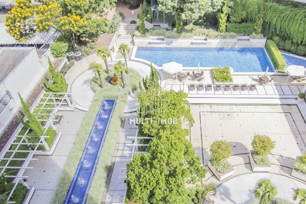 Apartamento  3 Dormitórios  3 Suítes  2 Vagas de Garagem Venda e Aluguel Bairro Moinhos de Vento em Porto Alegre RS