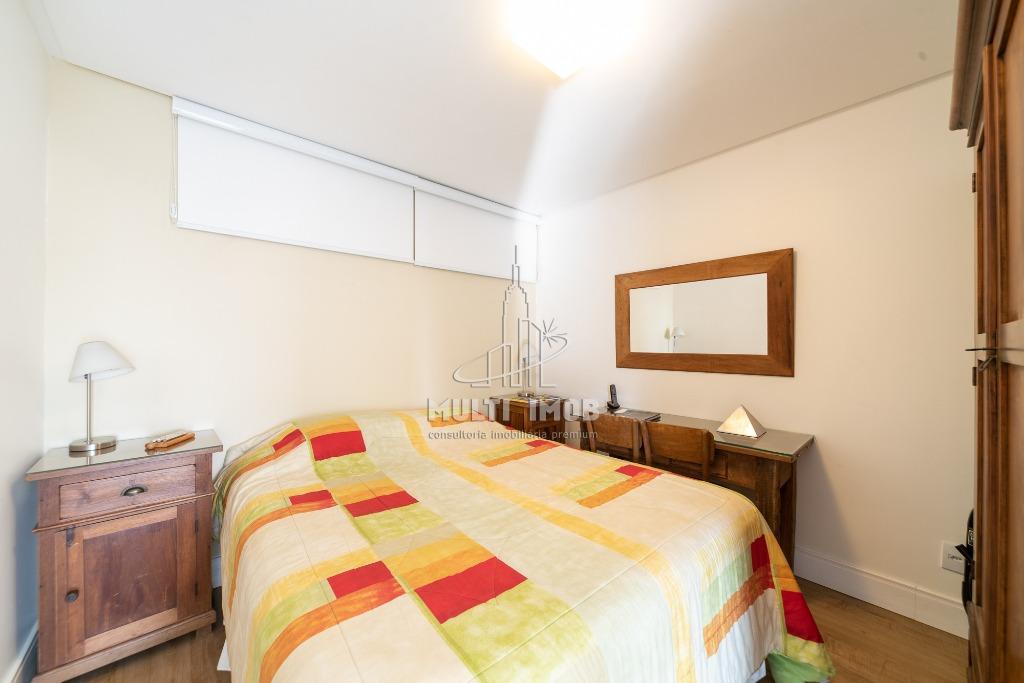 Cobertura  3 Dormitórios  2 Suítes  2 Vagas de Garagem Venda Bairro Rio Branco em Porto Alegre RS