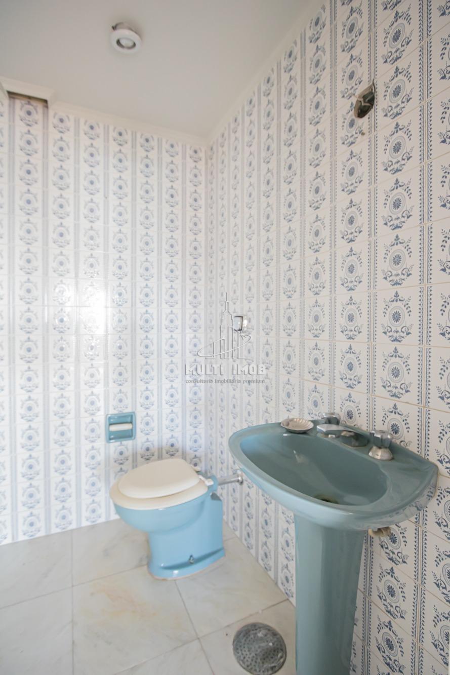 Cobertura  3 Dormitórios  3 Suítes  3 Vagas de Garagem Venda Bairro Moinhos de Vento em Porto Alegre RS