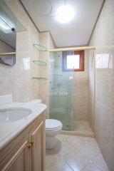 Apartamento Garden  3 Dormitórios  1 Suíte  2 Vagas de Garagem Venda Bairro Bela Vista em Porto Alegre RS