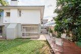 Casa  5 Dormitórios  1 Suíte  4 Vagas de Garagem Venda Bairro Chácara das Pedras em Porto Alegre RS