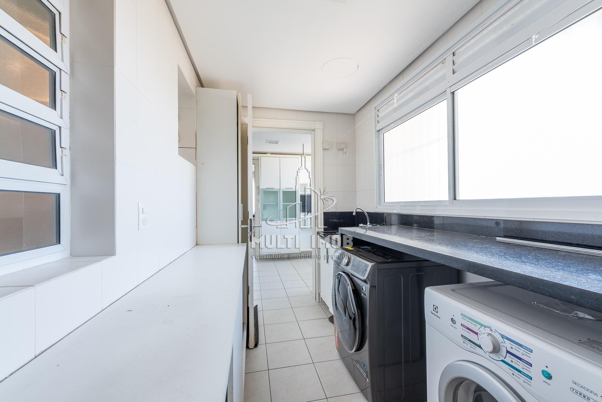 Apartamento  3 Dormitórios  3 Suítes  3 Vagas de Garagem Venda Bairro Bela Vista em Porto Alegre RS