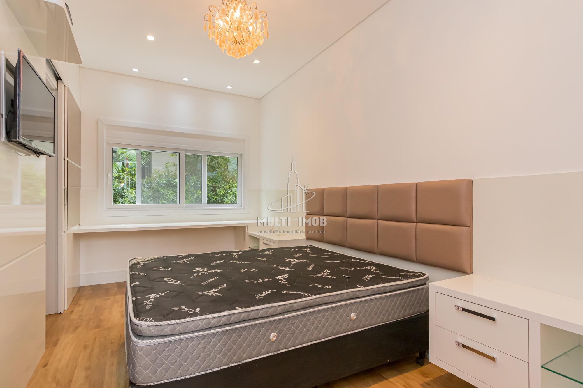 Casa em Condomínio  3 Dormitórios  3 Suítes  4 Vagas de Garagem Venda Bairro Sans Souci em Eldorado do Sul RS