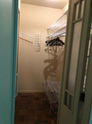 088_closet.jpeg