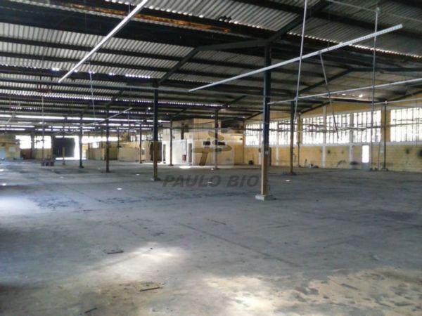 Galp�o Industrial Embu-Guacu