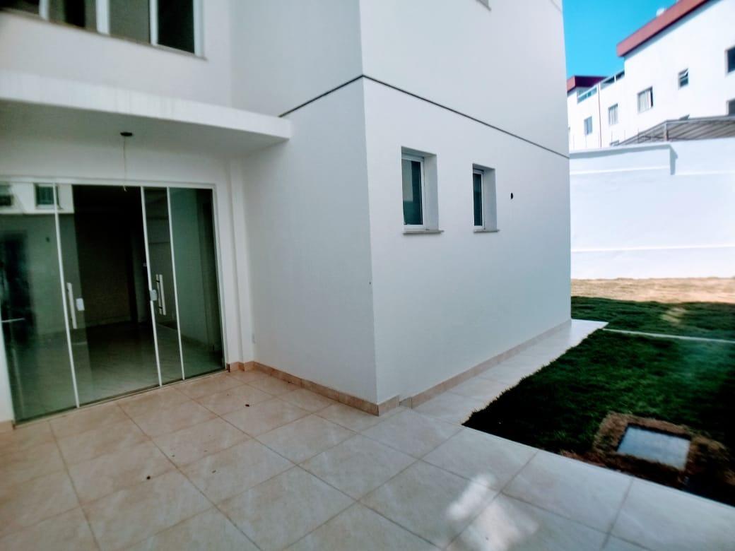 Área privativa de 88,98m²,  à venda