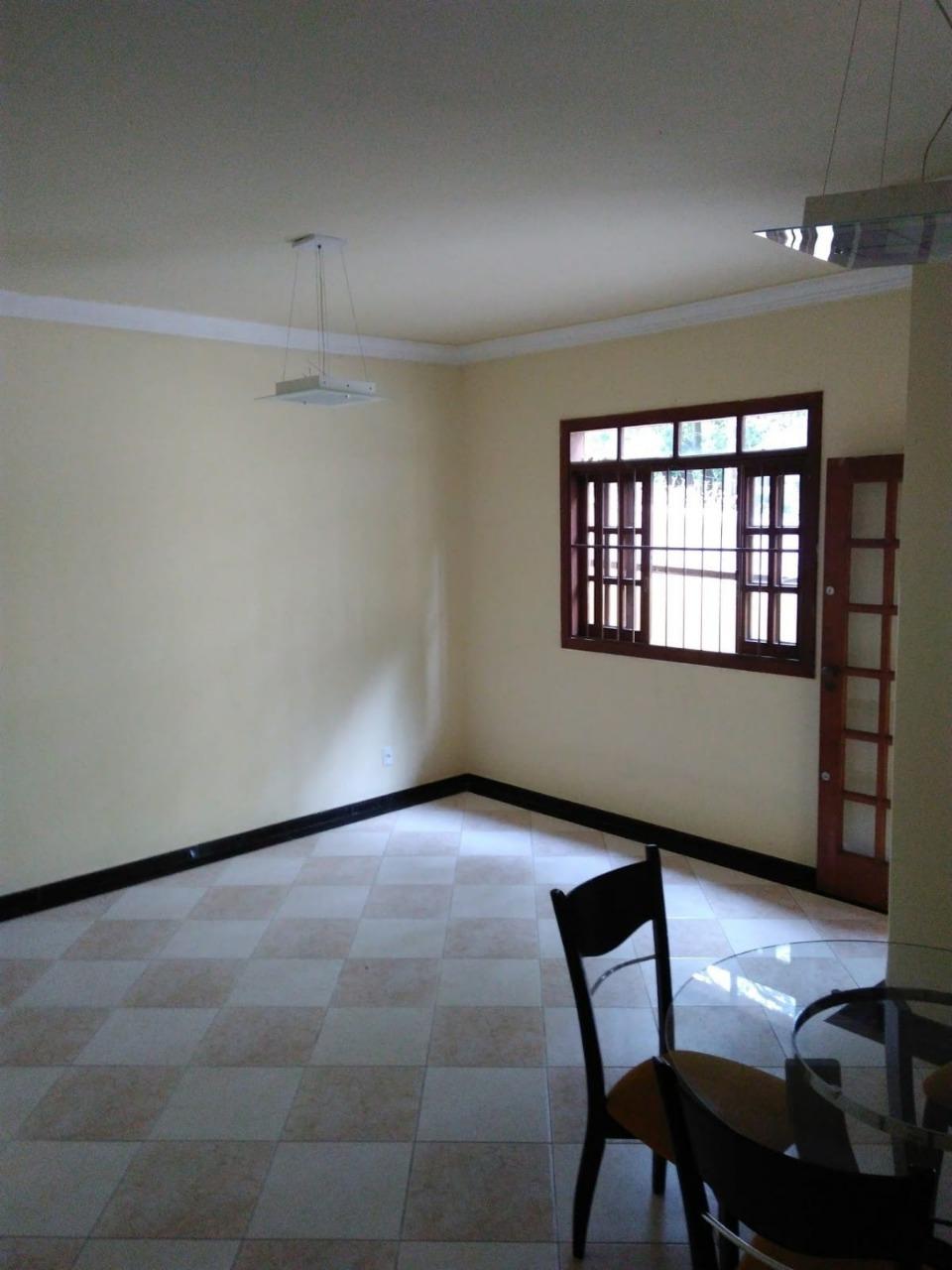 Casa de 95,85m²,  à venda