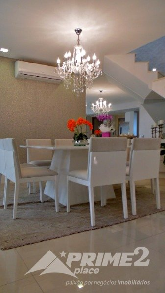 (05) Sala de jantar por outro ângulo
