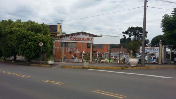Pavilhão em Caxias Do Sul | Amplo Pavilhão Com Excelente Casa