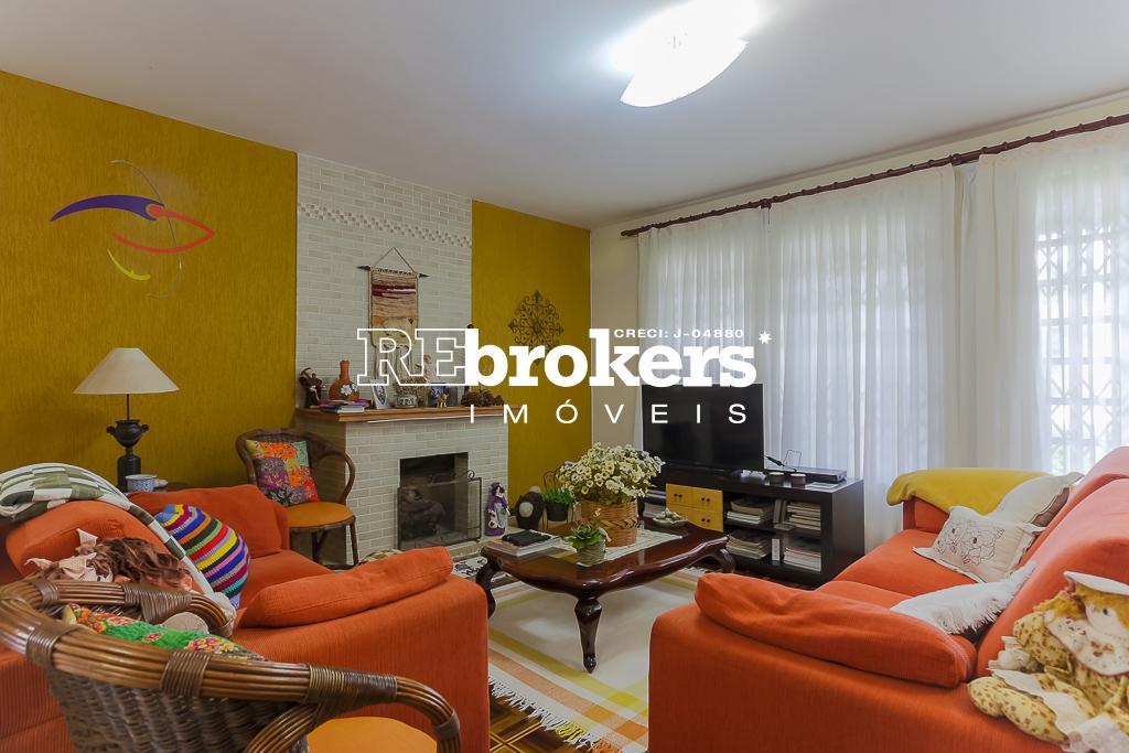 Casa com 4 dormitórios à venda em Curitiba, no bairro Bacacheri