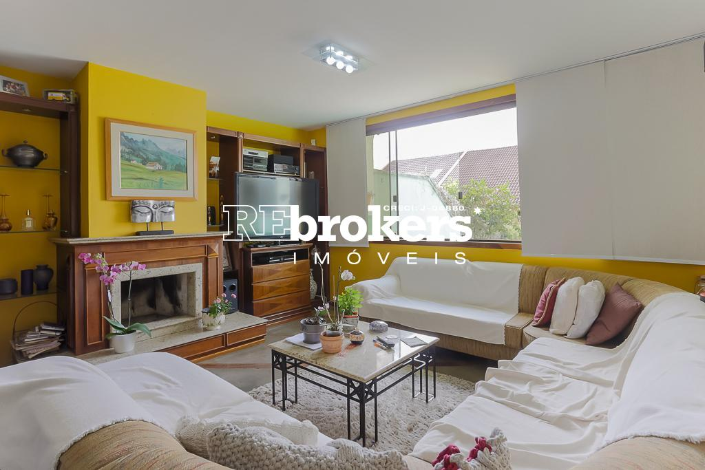 Casa com 3 dormitórios à venda em Curitiba, no bairro Pilarzinho