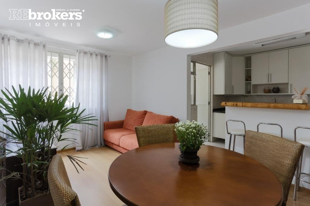 Apartamento com 2 dormitórios à venda em Curitiba, no bairro Jardim Botânico