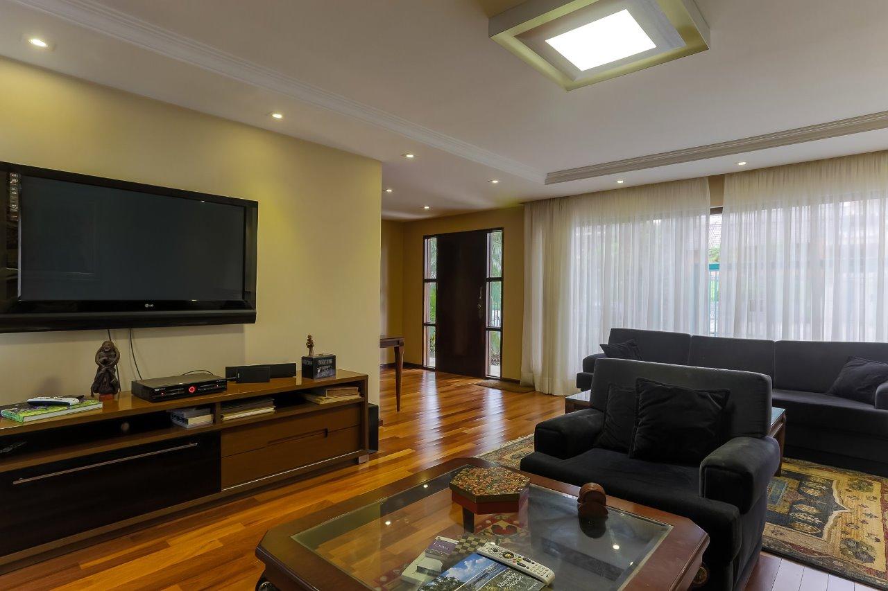 Casa em Curitiba, no bairro Alto da Rua XV
