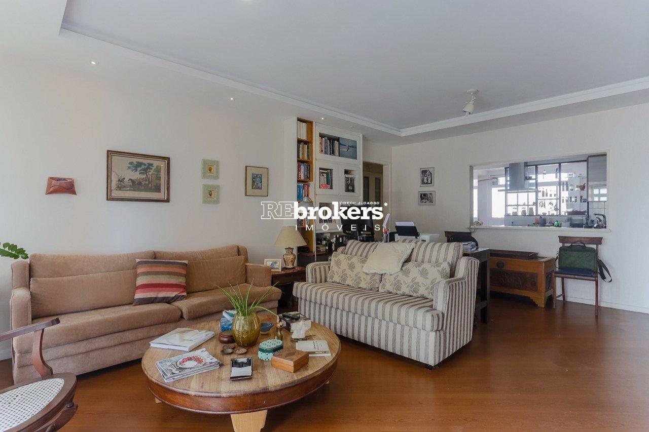 Apartamento com 3 dormitórios à venda em Curitiba, no bairro Juvevê